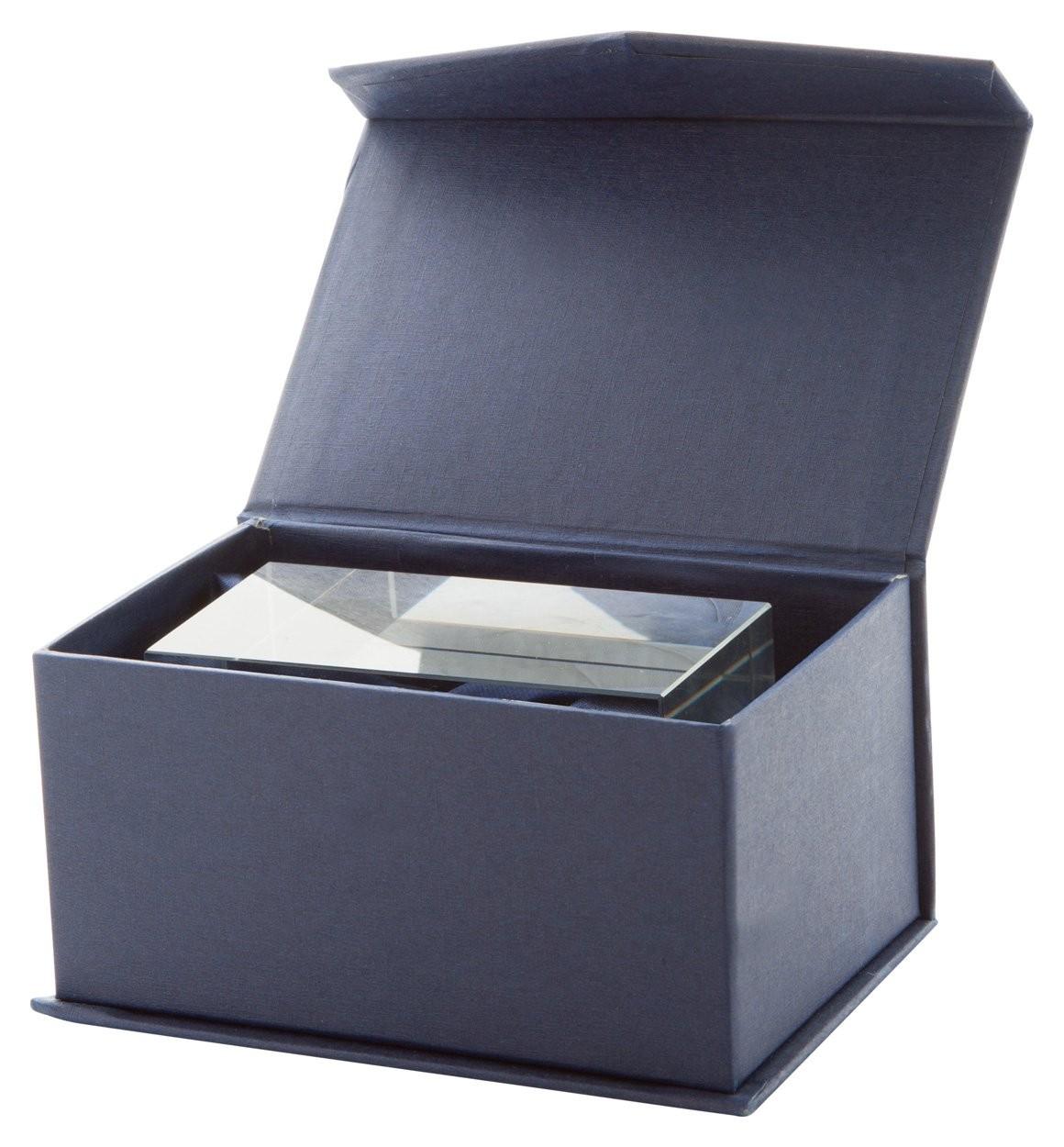 Glas-Quader ''Macon''
